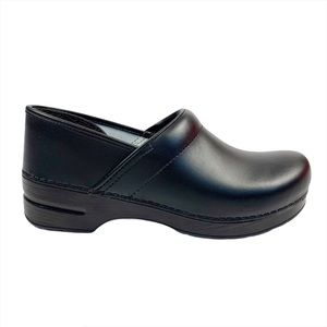 Dansko Black Professional Leather Clogs NWOB